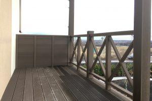 Как сделать отделку балкона из ДПК?