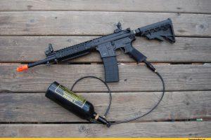 Чем стреляет страйкбольное оружие?